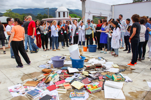 Emergency salvage drill at Guatemala Conference
